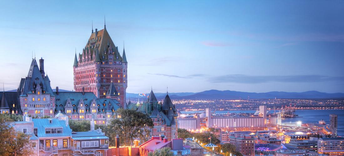 Vue du Vieux-Québec au coucher du soleil, Canada